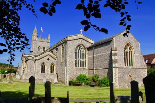 St Mary's Church, Old Amersham, Buckinghamshire © Simon Lister